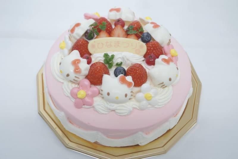 ご予約期間延長!ハローキティのひなまつりケーキ